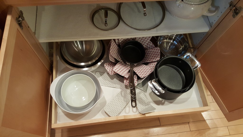 pots and pans pull out shelf